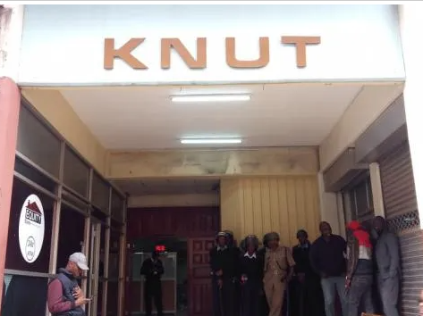 Auctioneers Raid KNUT Head Offices Over Ksh1.4 Million Debt And Attached Property.