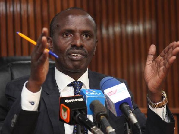 Knut issues two-week strike notice over salary