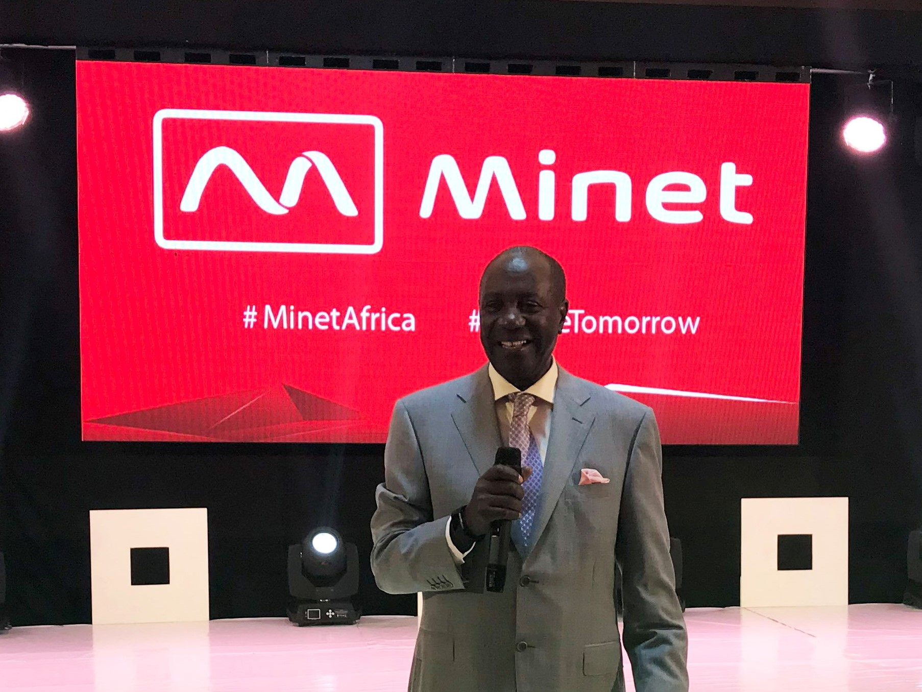 Aon Minet Gives Teachers up to 30th June to change their Dependants